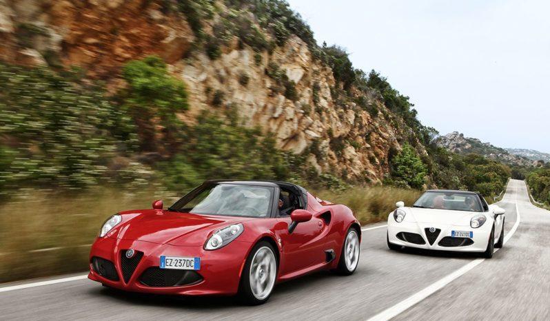 Alfa Romeo 4C Spider completo