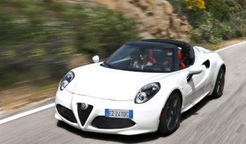 Alfa Romeo 4C Spider pieno